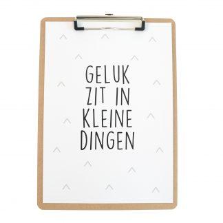 Poster Geluk Zit In Kleine Dingen - Hardboard Klembord A4 - Krúskes.nl